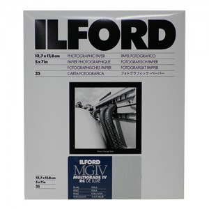 ILFORD Multigrade MGIV 4th RC Deluxe Pearl 13x18cm (x25)